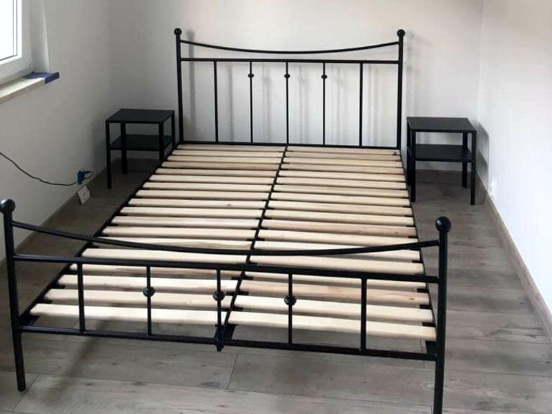 łóżko metalowe wzór 26J w rozmiarze 140x200 cm